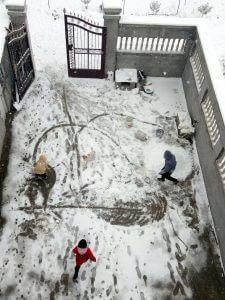下雪后的院子